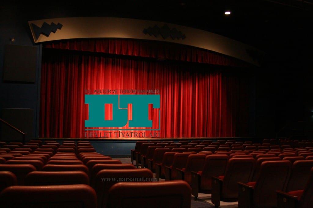 tiyatro-sahnesi-dt