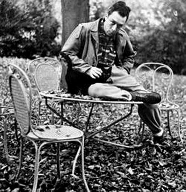 17 Albert Camus
