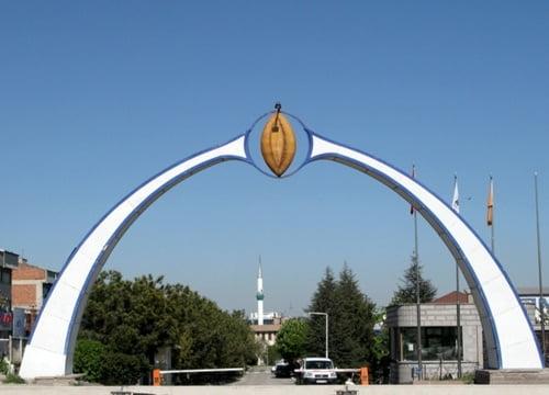 ankara-sauronun-gozu-ekmek-heykeli