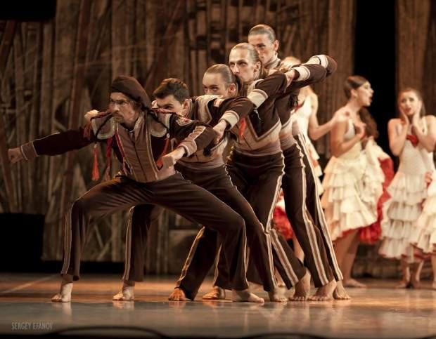 uluslarasi-adana-tiyatro-festivali-4