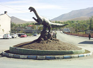 van-gol-canavari-heykeli